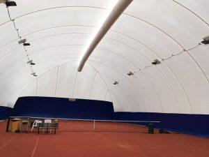 Airdome tennis